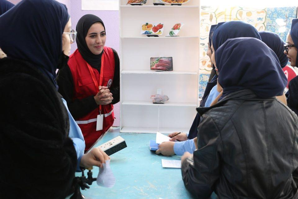 اشرف قسم الصحة للهلال الأحمر الليبي فرع بنغازي قافلة طبية توعوية