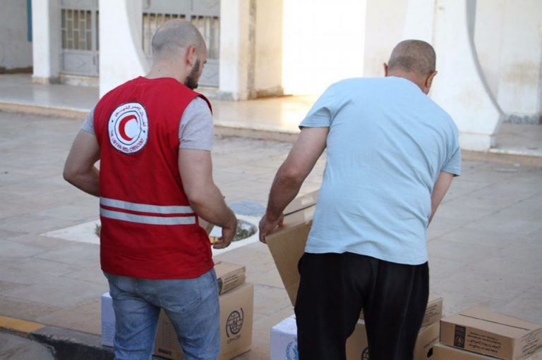 فريق الهجرة يوفر مساعدات إنسانية ل130 عامل تونسي